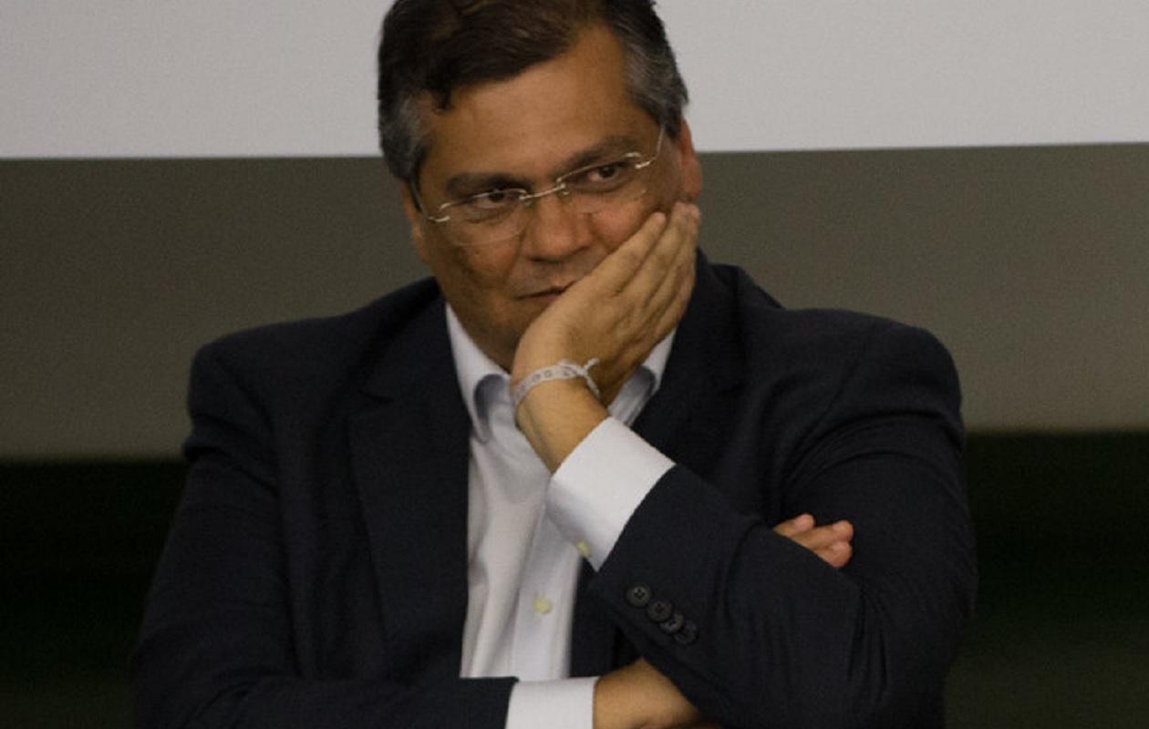 Flávio Dino mantém silêncio sobre denúncia contra Carlos Lula pela Sermão aos Peixes