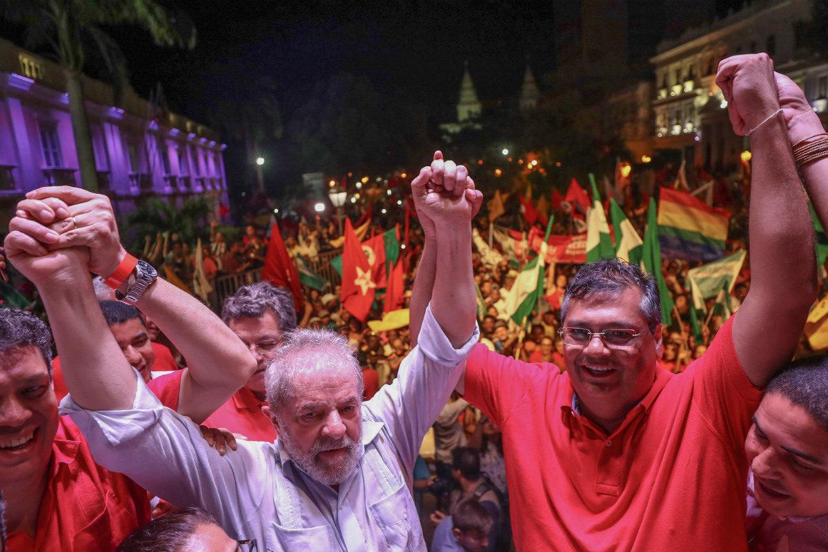 Com Lula solto, sonho de Dino disputar Presidência é reduzido a zero