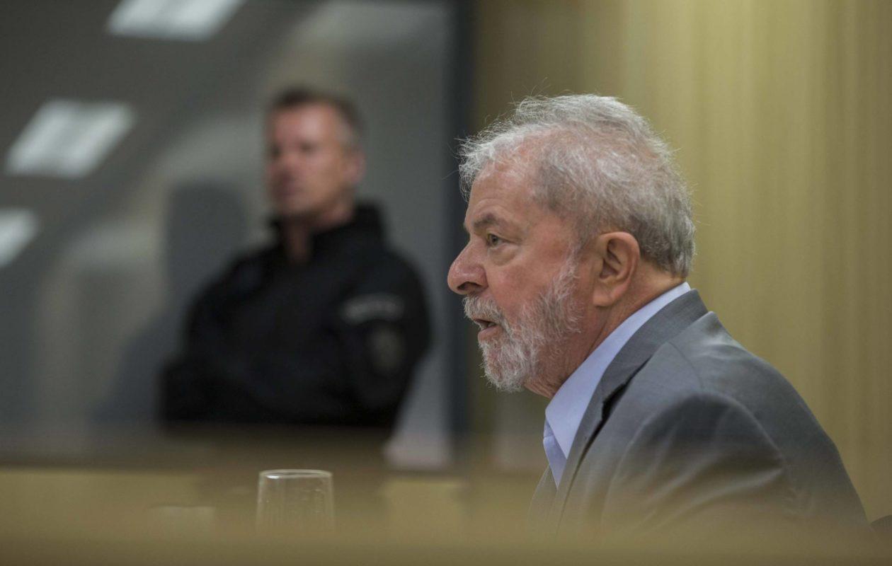 Após decisão do STF, defesa pede soltura imediata de Lula à Justiça Federal