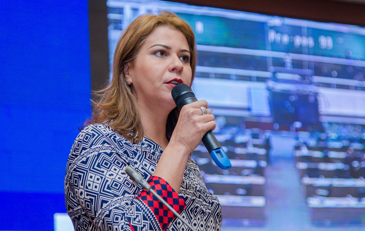 Valéria Macedo na expectativa de julgamento de ação contra Duarte Júnior