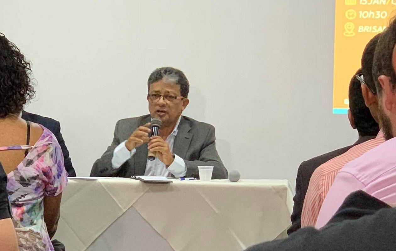 Com discurso de gestão e contra a corrupção, Madeira confirma pré-candidatura