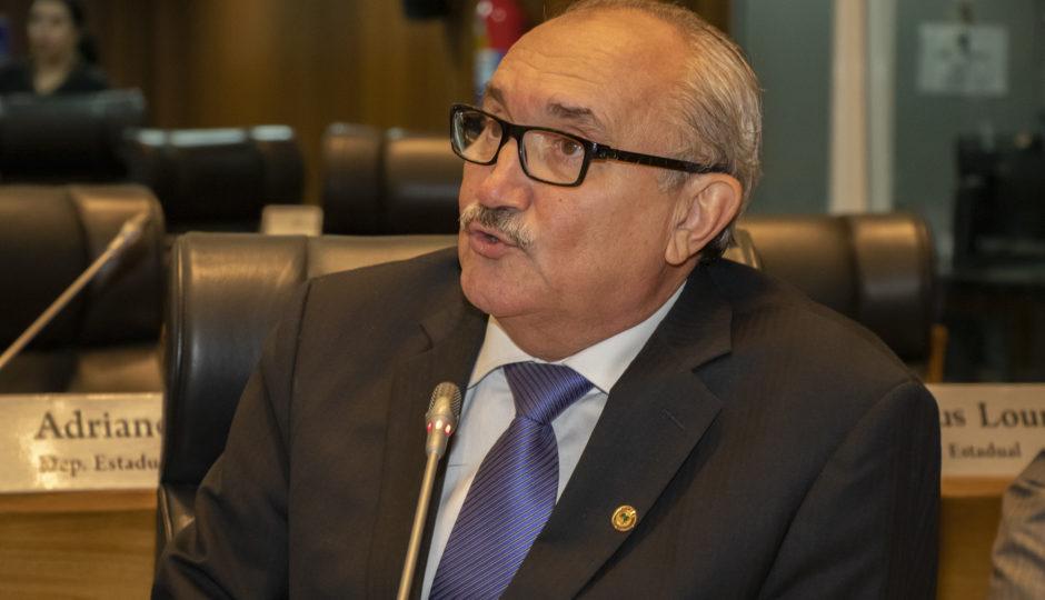 César Pires quer atuação do Ministério Público em solicitações feitas à SES