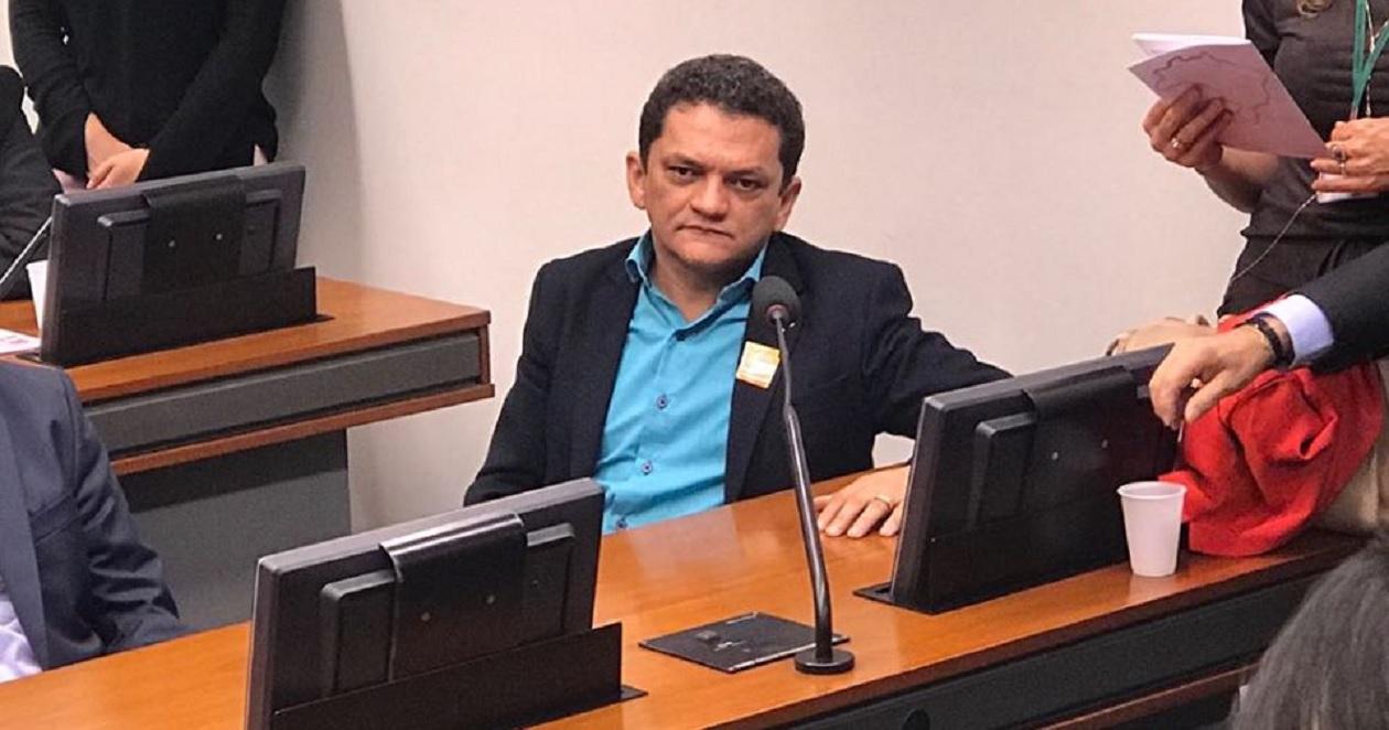 MP pede indisponibilidade de bens de Cláudio Cunha em R$ 1,1 milhão