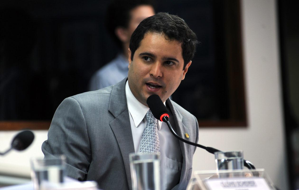 PF mira Edivaldo Júnior em inquérito que investiga fraude na saúde em São Luís