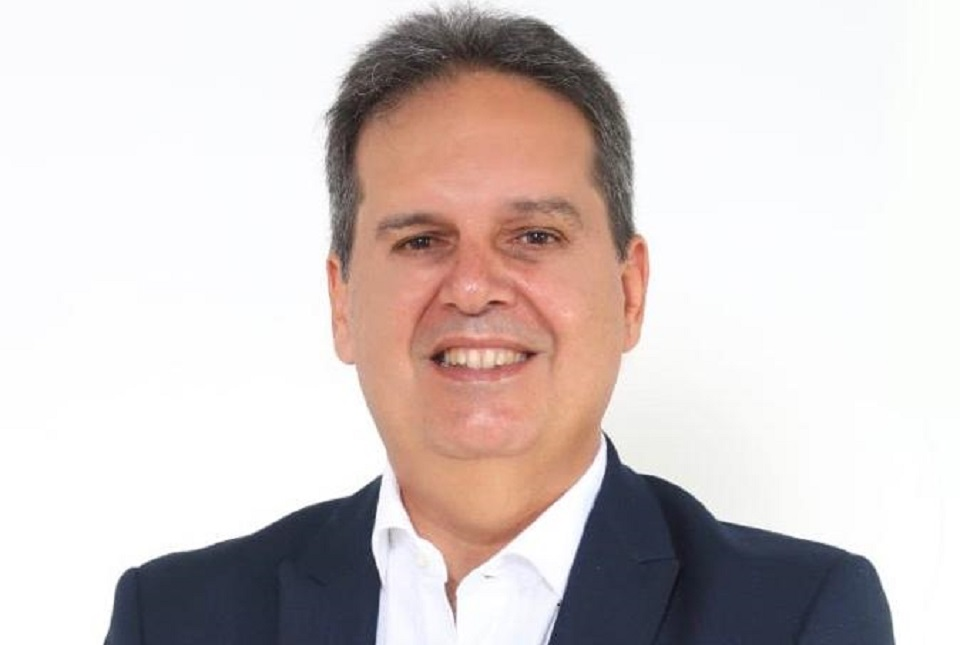 Gilberto Aroso alerta para 'golpe institucional' em retorno de Dutra