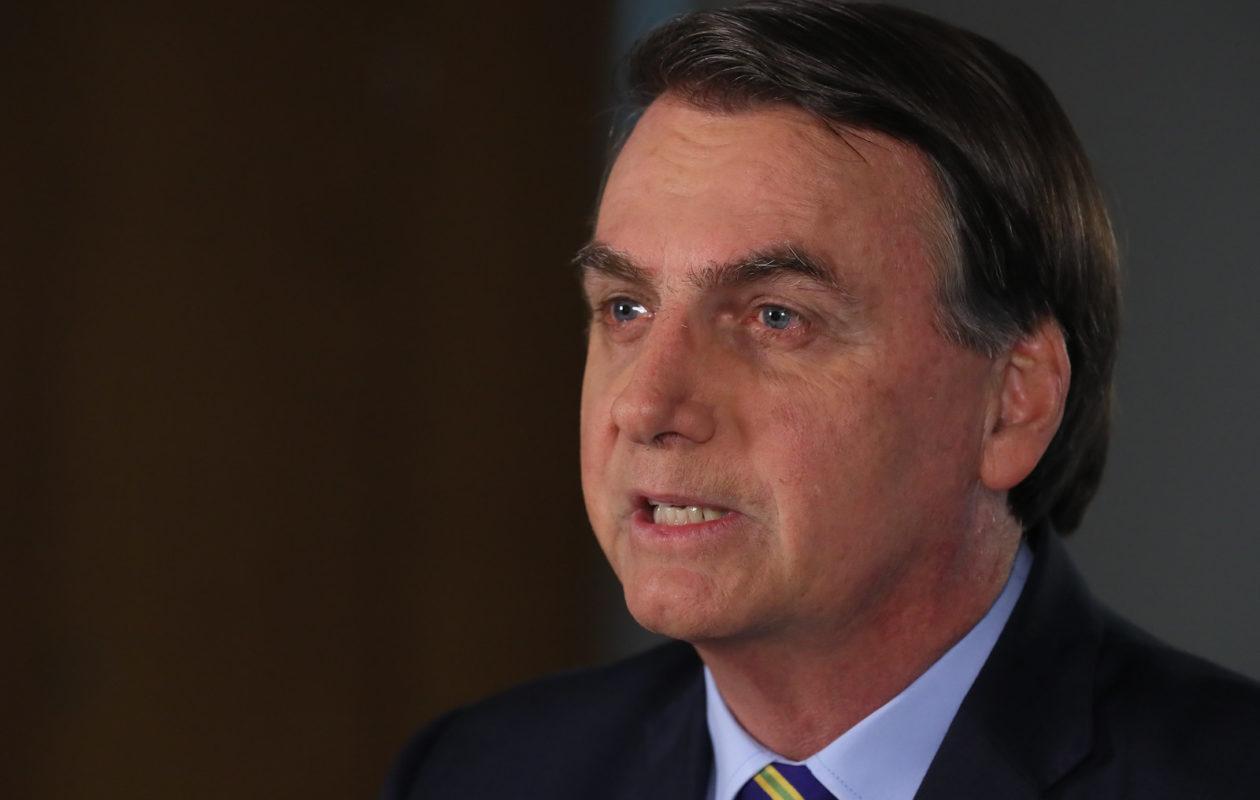 Em novo pronunciamento, Bolsonaro muda o tom e pede união de todos