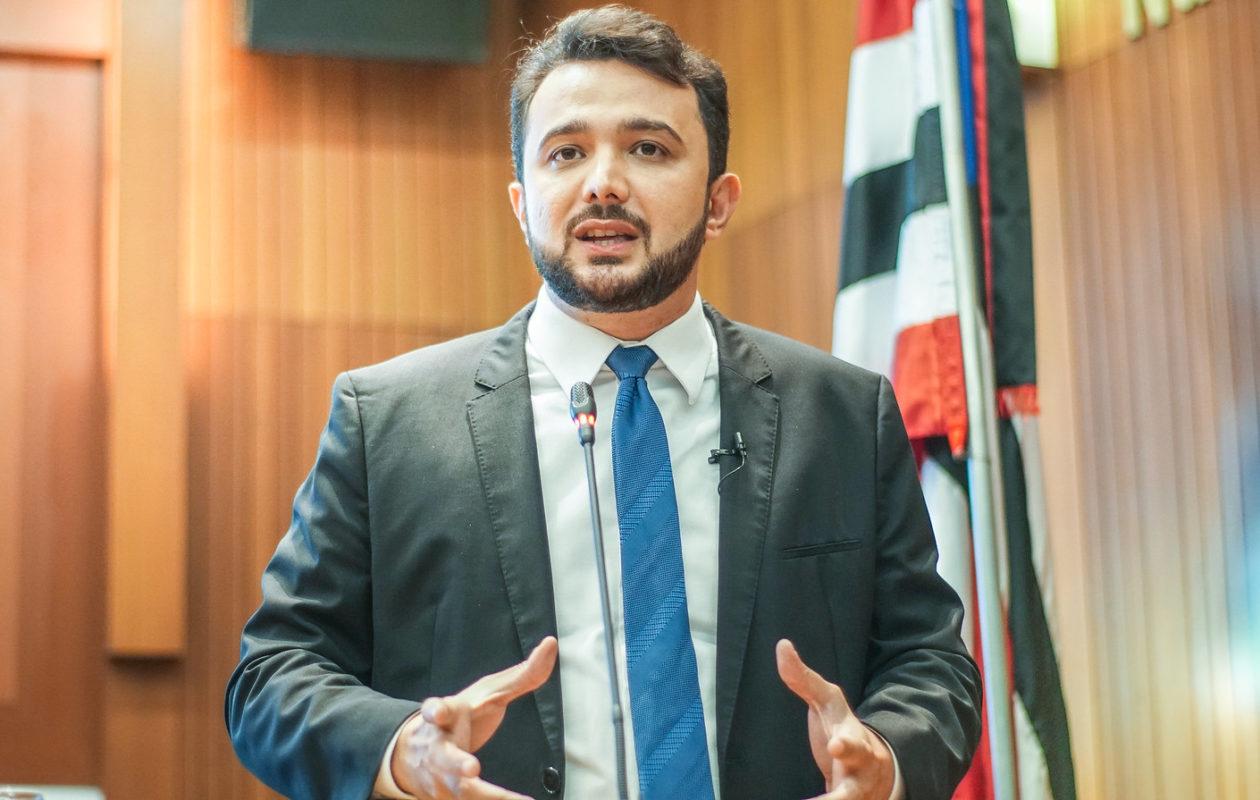 'Os cartórios estão roubando o Maranhão', diz Yglésio