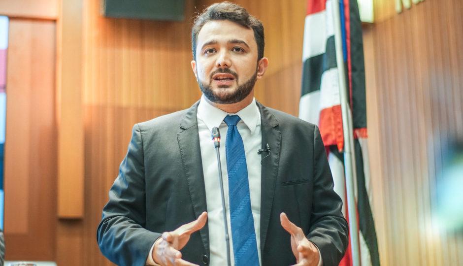 Governo acata proposta de Yglésio sobre adicional de insalubridade para profissionais de saúde