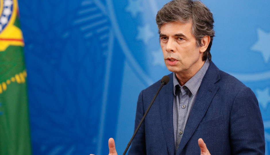 Teich deixa governo em meio a embate com Bolsonaro sobre cloroquina