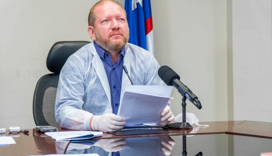 Othelino promulga lei que suspende cobrança de empréstimos consignados, que Dino evitou sancionar