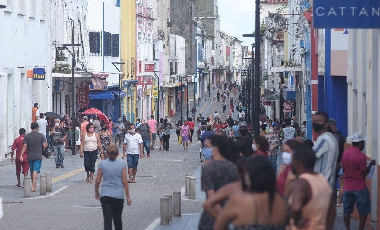Isolamento social despenca no Maranhão em meio a decreto pela reabertura do comércio