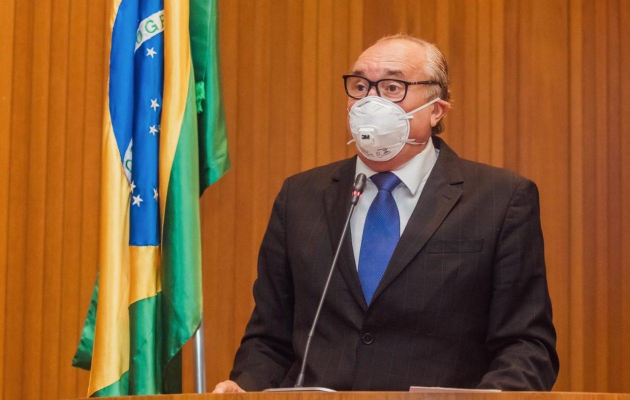 """""""Muita propaganda e enganação"""", diz César Pires sobre rede para pacientes com Covid-19"""