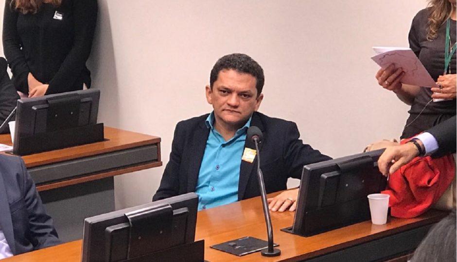 Falha tentativa de Cláudio Cunha de suspender investigação do Gaeco em plantão do TJ