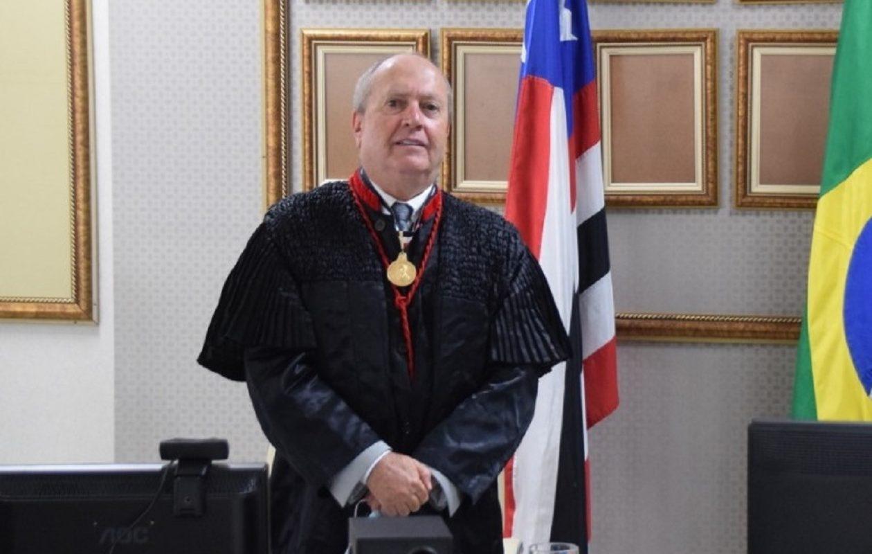 Eduardo Nicolau toma posse na PGJ e prega combate à corrupção e enfrentamento do racismo