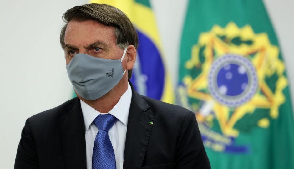 Jair Bolsonaro diz que exame deu positivo para Covid-19