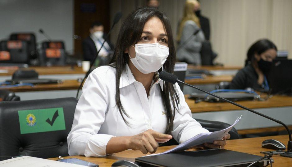 Eliziane quer CPI para investigar desmonte da política ambiental no governo Bolsonaro
