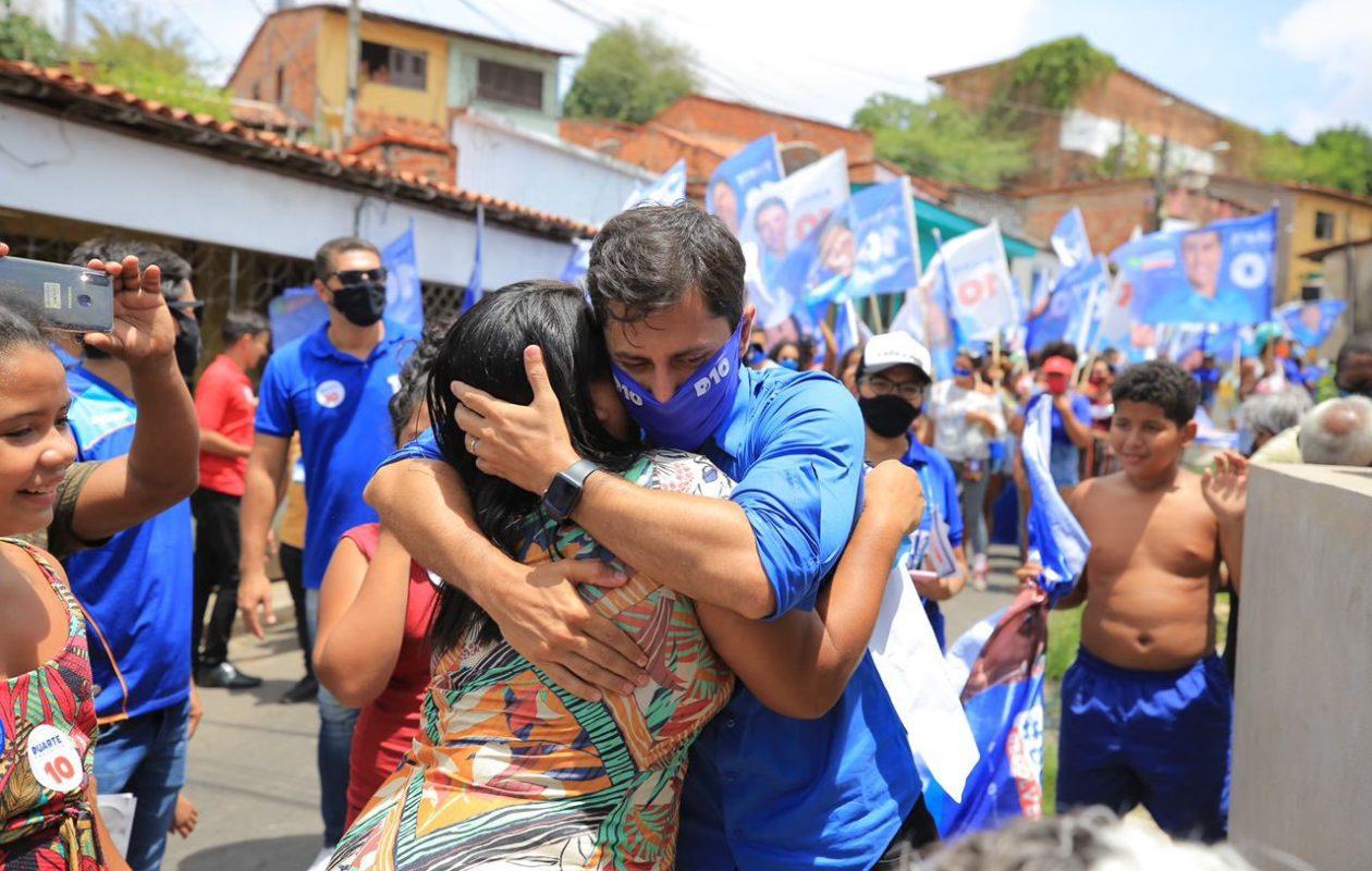 Duarte diz que está curado da Covid-19 e retorna às ruas neste sábado, com presença de Dino