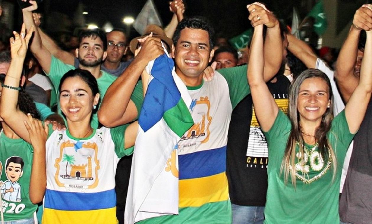 Calvet Filho derrota filho de juiz federal e é eleito prefeito de Rosário
