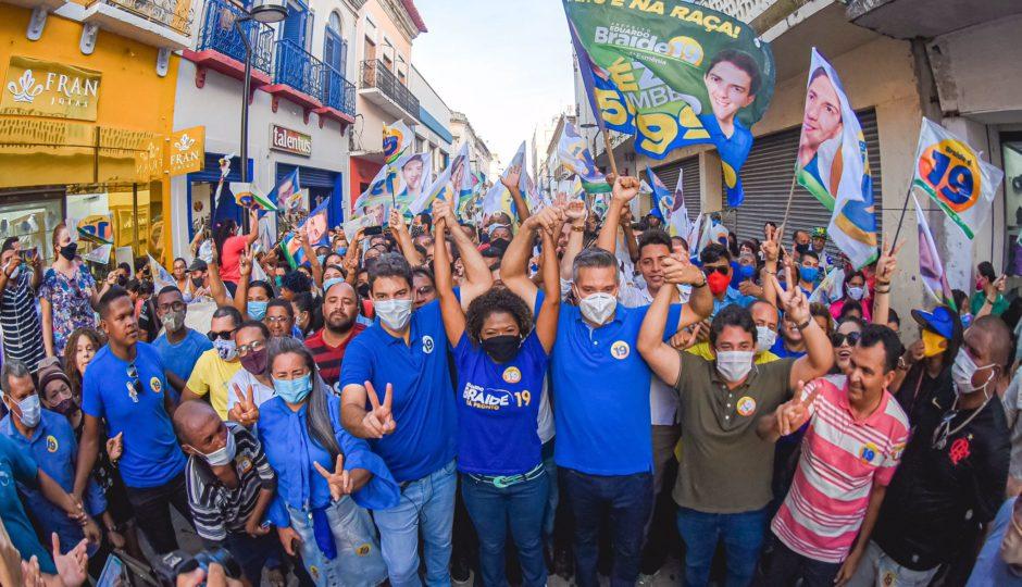 Após aglomerar com Braide e Neto, candidata a vice-prefeita de São Luís é diagnosticada com Covid-19