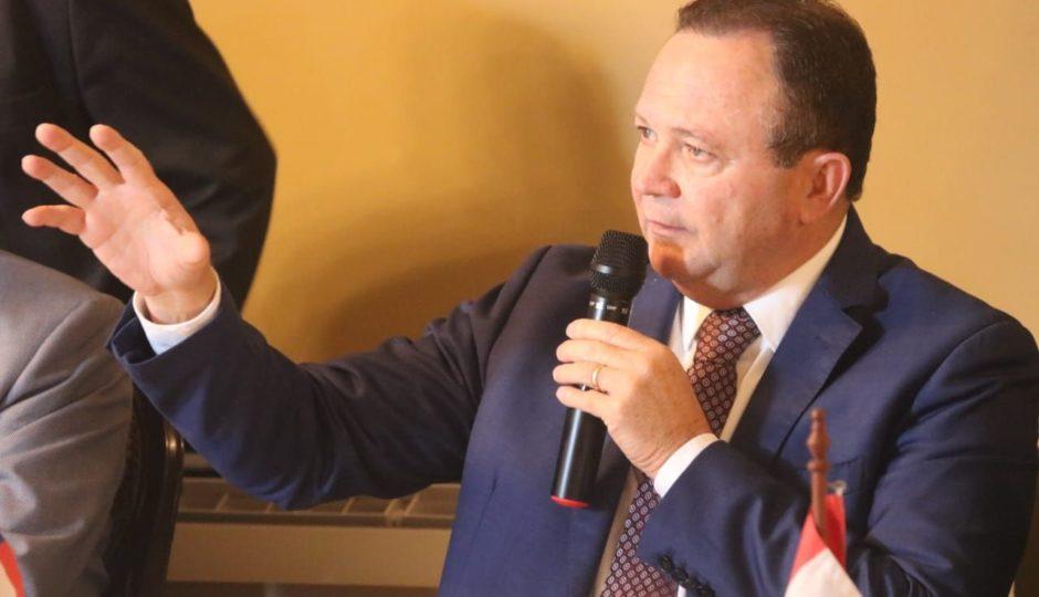 Brandão assume Palácio dos Leões em meio à eleição da Famem