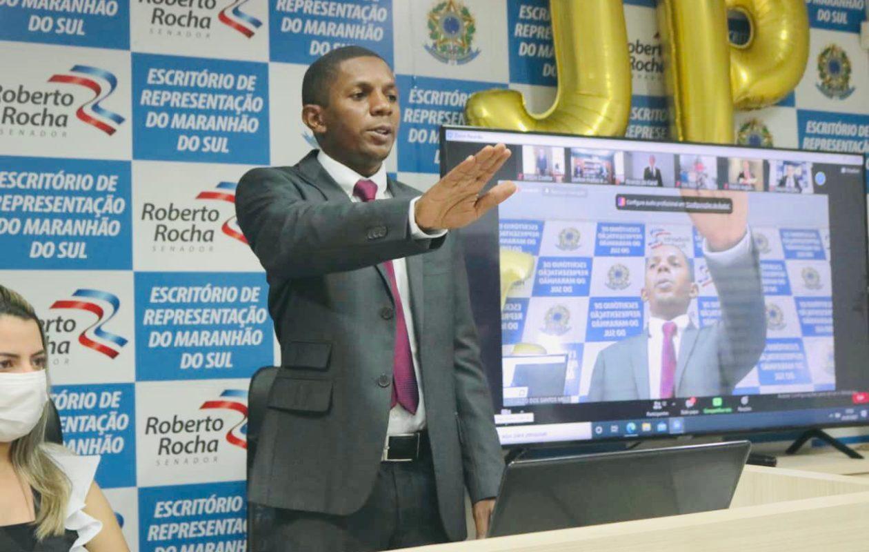 Com posse de Braide, Josivaldo JP assume mandato na Câmara
