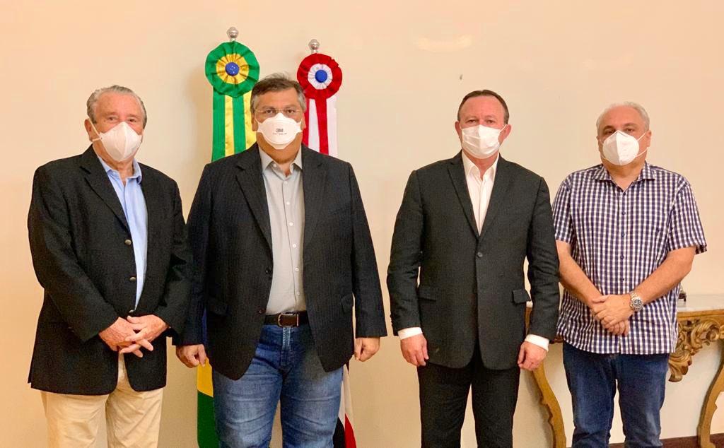 Zé Reinaldo volta a ser aliado de Dino e ganha cargo no Porto do Itaqui