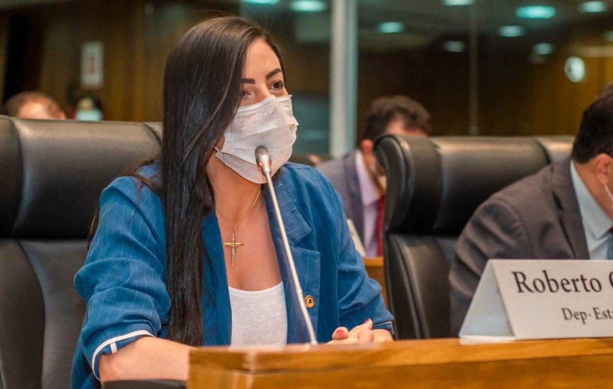 Daniella Tema quer que TCE fiscalize transparência da folha de pagamento de Tuntum