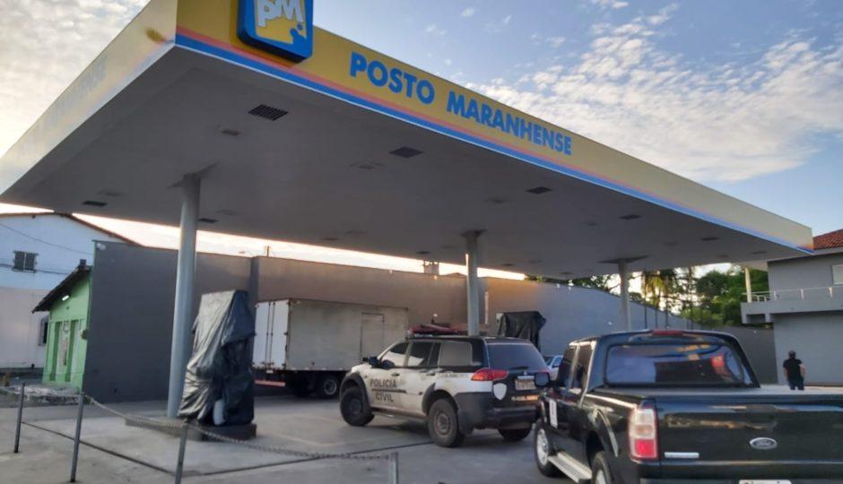 Gaeco encontra frascos de Coronavac em operação que mira Cláudio Cunha, ex-prefeito de Apicum-Açu