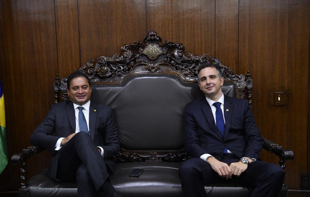 'Tratoraço': Weverton aparece entre beneficiários de orçamento secreto de Bolsonaro, via Codevasf