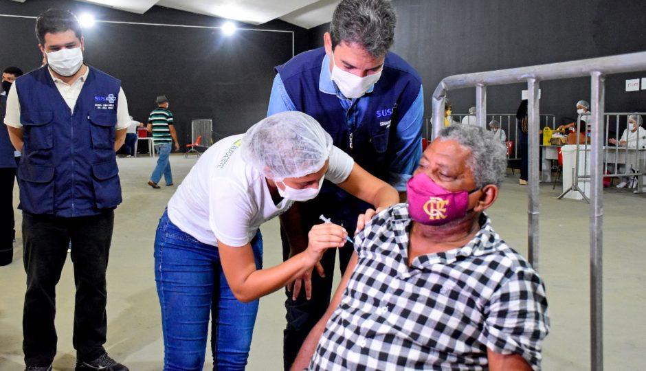 Braide prevê 1ª dose da vacina contra Covid-19 em toda população adulta de São Luís até o final de junho