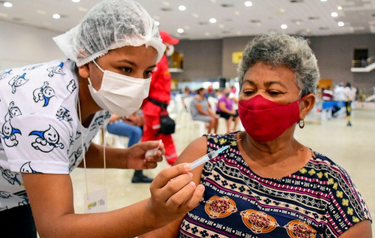 Secretário muda previsão de 1ª dose de vacina em toda população adulta de São Luís