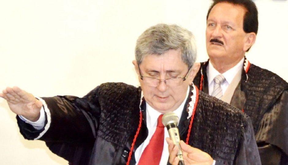 Manobra do G4 assegura permanência de Washington Oliveira na presidência do TCE do Maranhão