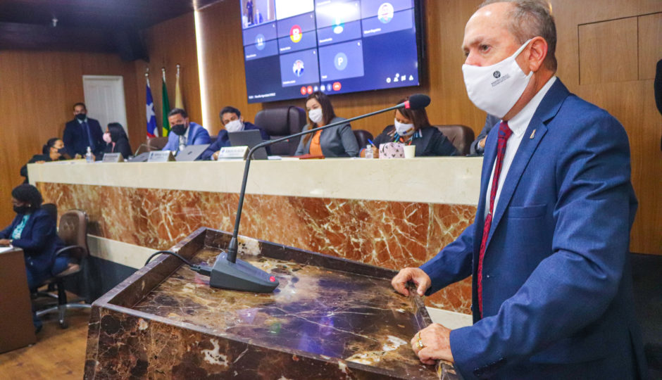 Eduardo Nicolau visita Câmara de São Luís em meio à devassa do Ministério Público em folha de pagamento da Casa