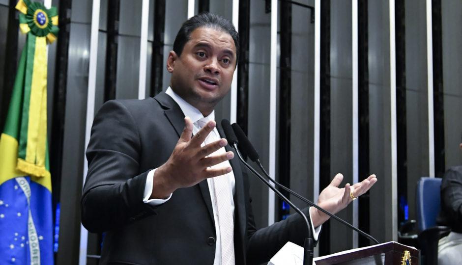 Eliziane e Roberto votam contra projeto relatado por Weverton que aumenta dificuldade de condenação de políticos