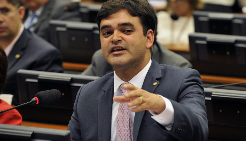 Votação de PEC que amplia poder do Congresso sobre órgão de fiscalização do Ministério Público tem apoio de Rubens Júnior